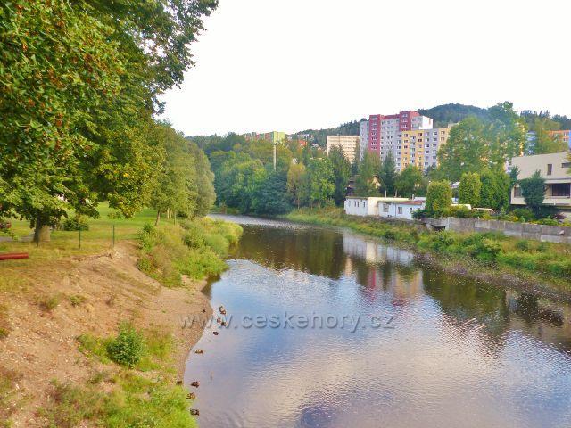 Železný Brod - Jizera před Železným Brodem ztratila svůj charakter divoké řeky