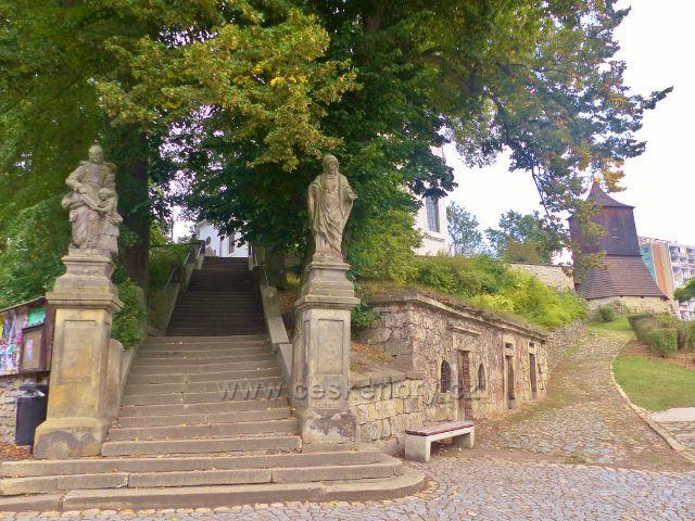 Železný Brod - schodiště z Malého náměstí ke kostelu sv.Jakuba Většího