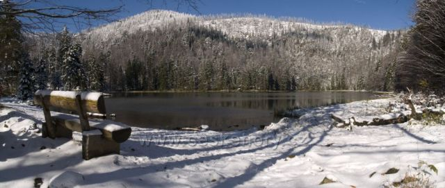 jezero pod Roklanem