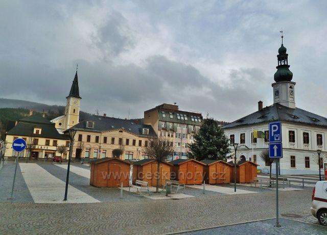 Jeseník - stánky na Masarykovo náměstí