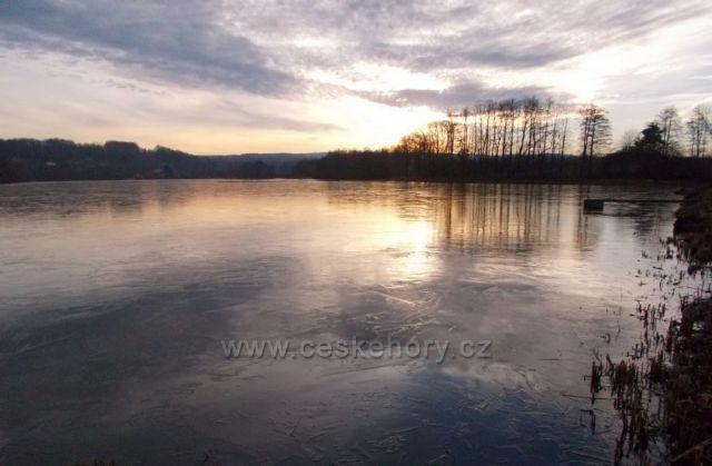 Zima na rybníku Petráň