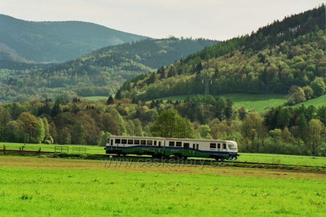 železniční trať Desná