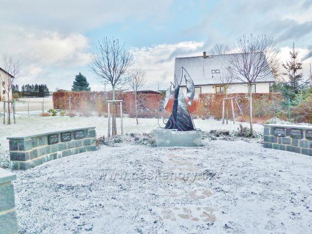 """Kunvald - """"Slavín"""" na místním hřbitově"""