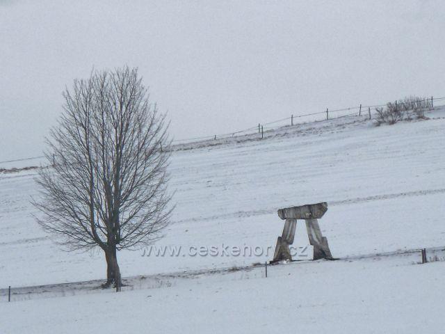 Králíky - mramorová brána na úbočí Mariánského kopce