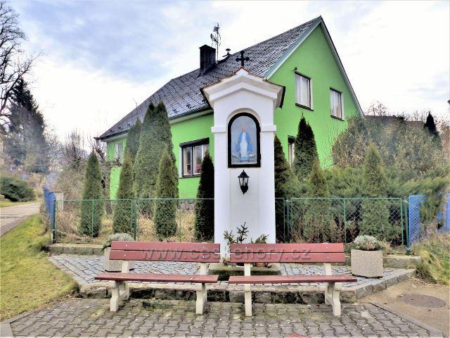 Doudleby nad Orlicí - výklenková kaplička ve Vyhnánově
