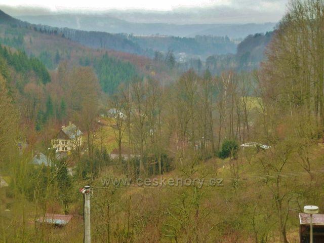 Lanšperk - pohled od budovy bývalého MNV do údolí Tiché Orlice