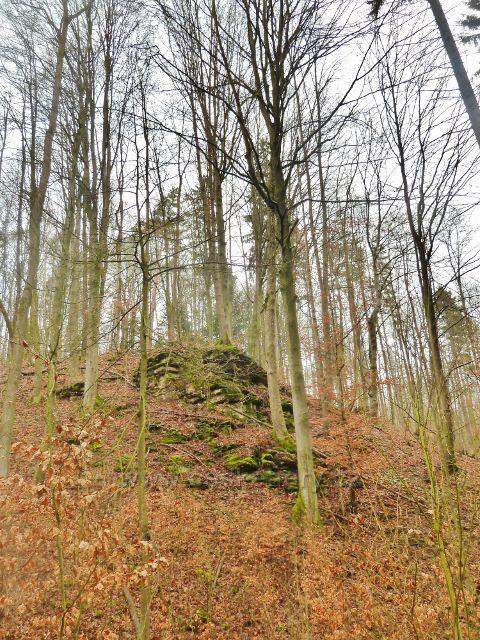 Hutvald - skalní výchoz na okraji Údolí Sejfů