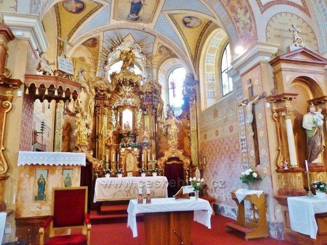 Homol - interiér kostela