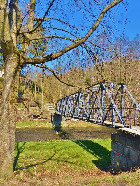 Žamberk - železný most pro pěší přes Divokou Orlici v Betlémě