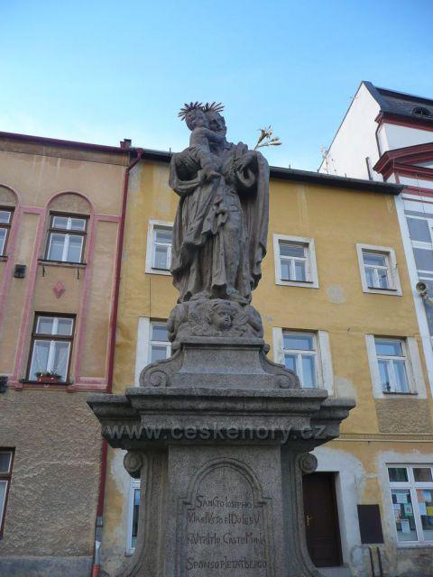 Zlaté Hory - Sloup se sochou sv. Josefa Pěstouna