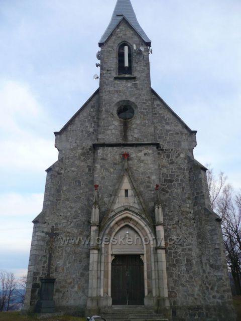 Kostel Panny Marie Bolestné - průčelí.