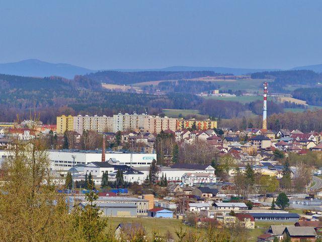 """Dlouhoňovice - pohled na sídliště """"U Žirafy"""" v Žamberku"""