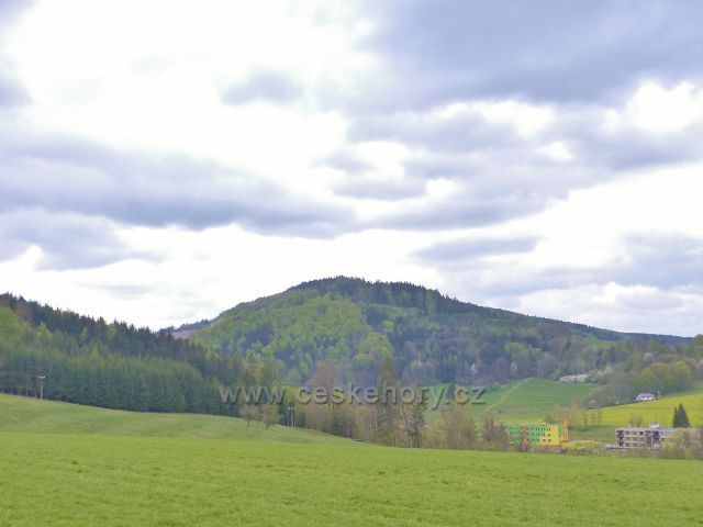 Bohousová - pohled na litický Chlum (603 m.n.m.)