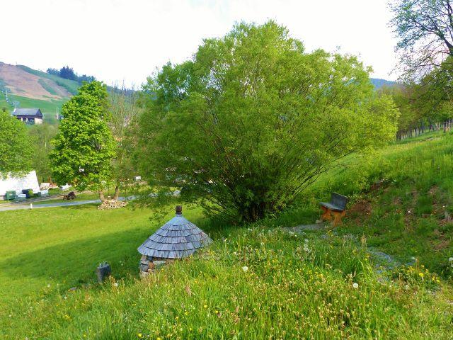 Lavička u Bartolomějovo pramenu v Kunčicích