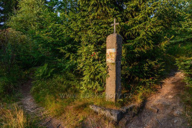 Křížová cesta k rozhledně Slovanka