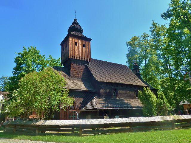 Valašské muzeum v přírodě - kostel sv.Anny z Větřkovic