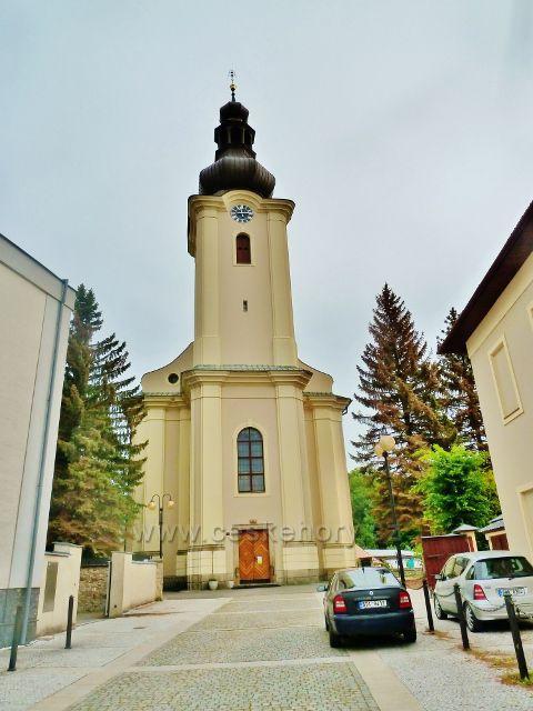 Rožnov pod Radhoštěm - kostel Všech Svatých