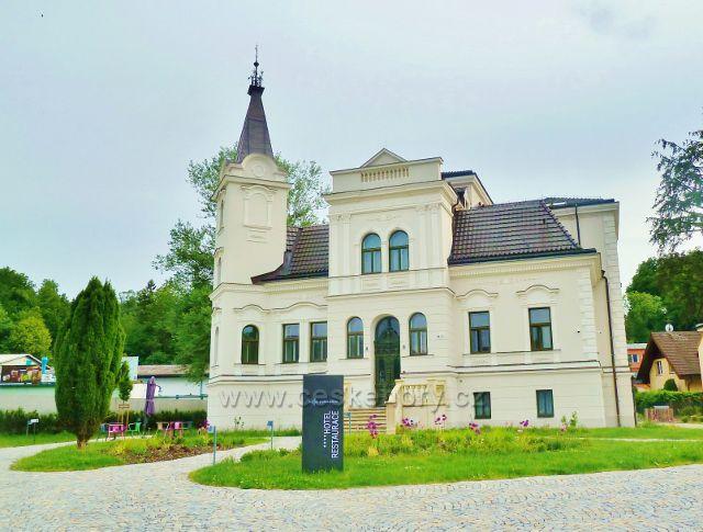 Rožnov pod Radhoštěm - hotel Villa Rosenaw