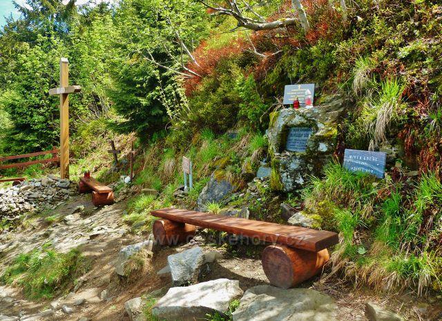 Památník obětem Lysé hory