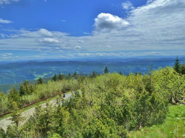 Pohled z vrcholu Lysé hory