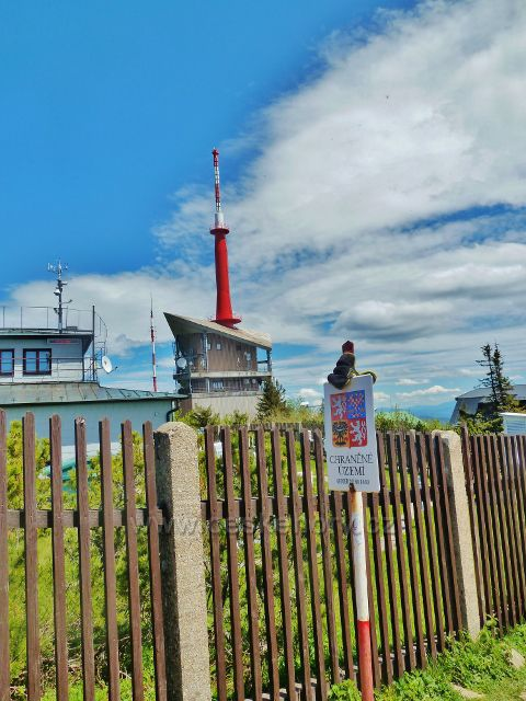 Lysá hora - chráněné území geodetického bodu