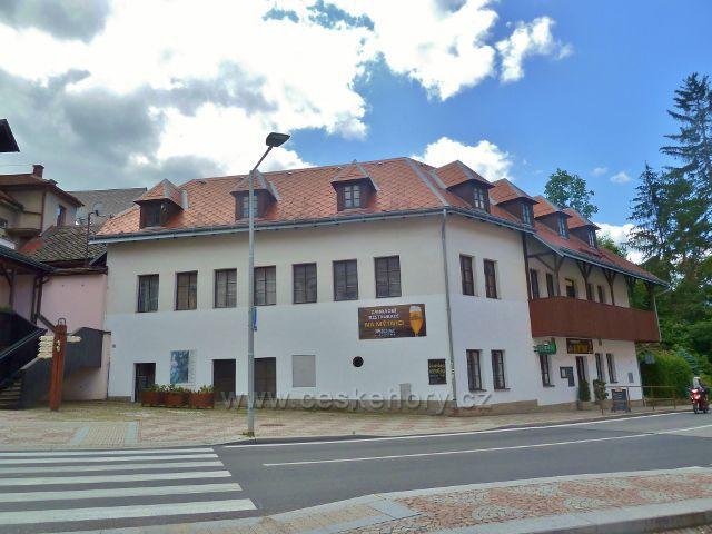 Jablonné nad Orlicí - objekt restaurace Na Mýtnici má pestrou minulost
