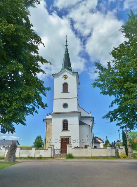 Mistrovice - kostel sv.Jana a sv. Pavla