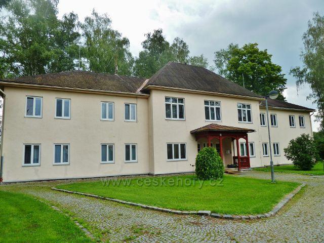 Lázně Bludov - škola