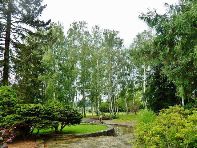 Lázně Bludov - park před hlavní budovou
