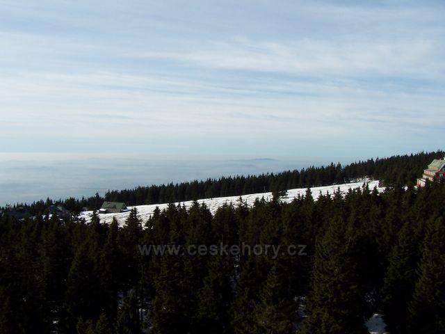 pohled z rozhledny Panorama na Černé Hoře