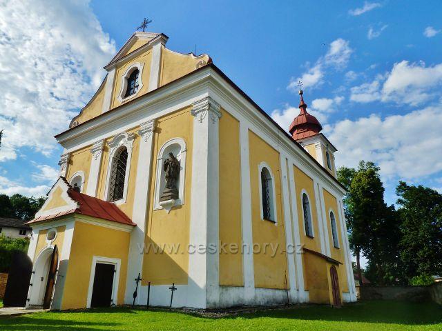 Sněžné - kostel sv.Kříže