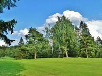 Svratka - zvonice pod golfovým hřištěm