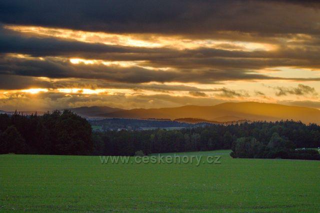Blanský les v západu slunce