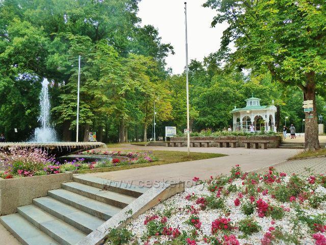 Františkovy Lázně - hlavní vstup do Městských sadů