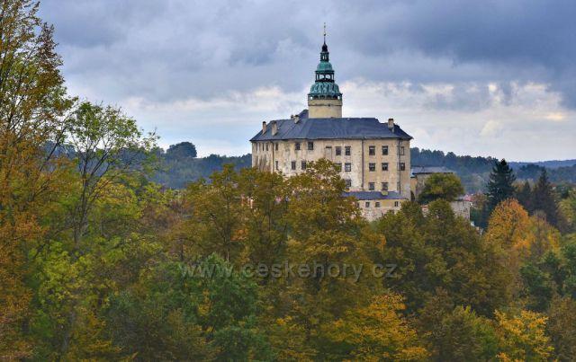 Podzimní zámek Frýdlant