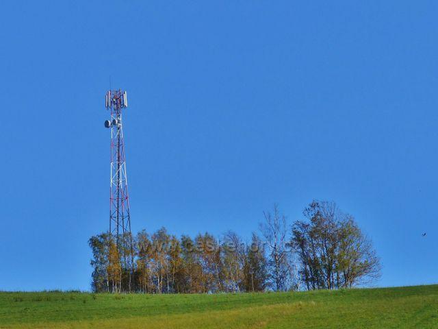 """Pastviny - vysílač na vrchu """"Na Vrších"""" (620 m.n.m.)"""