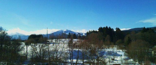 Grosser Arber (Velký Javor) Nejvyšší Šumavský vrchol na Bavorské straně - foceno z Debrníku (Železná Ruda)