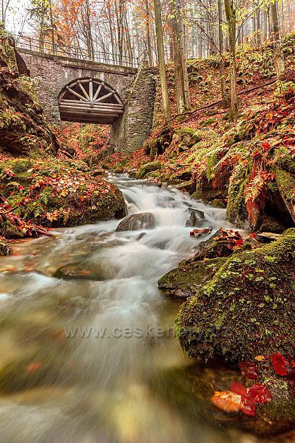 Kamenný most na Stříbrném potoce