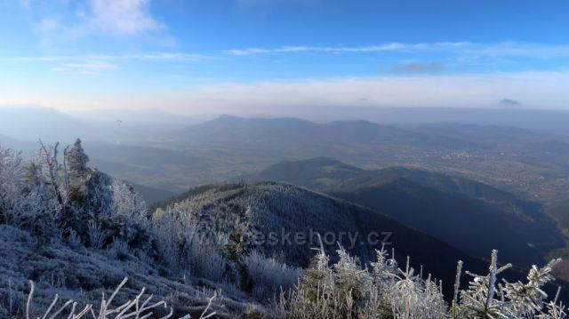 pohoda na Lysé hoře a výhledy nedaly na sebe dlouho čekat