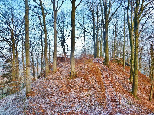 Žampach - schody k hradní vyhlídce