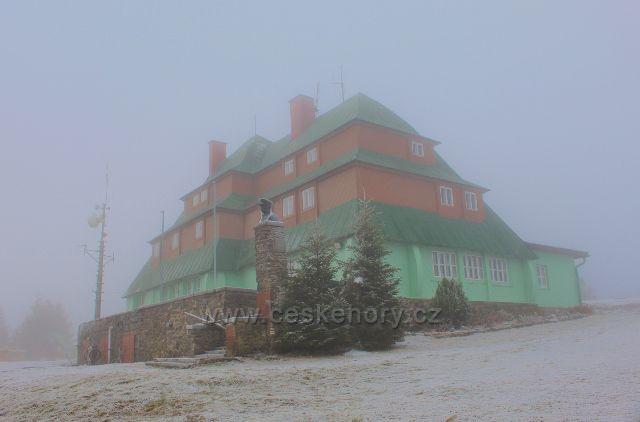 Šerlich - Masarykova chata v zajetí mlhy