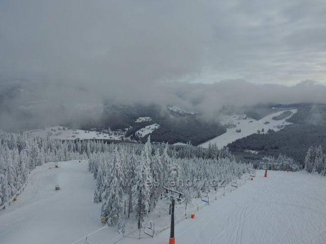výhled z rozhledny Hnědý vrch