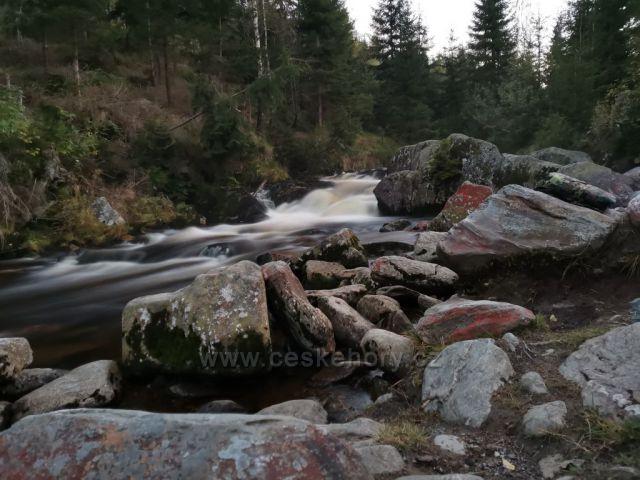 Prášilský potok pod Polednikem na Šumavě