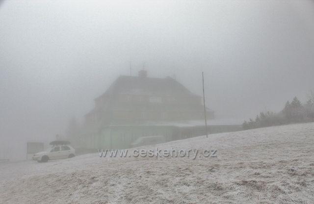 Šerlich - Masarykovu chatu pohltila mlha