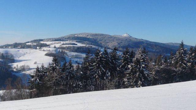 Ještěd od Javorníku
