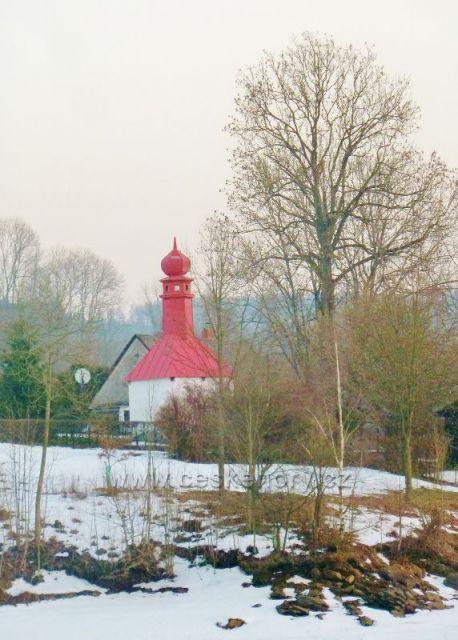 pastviny - kaplička Panny Marie Růžencové