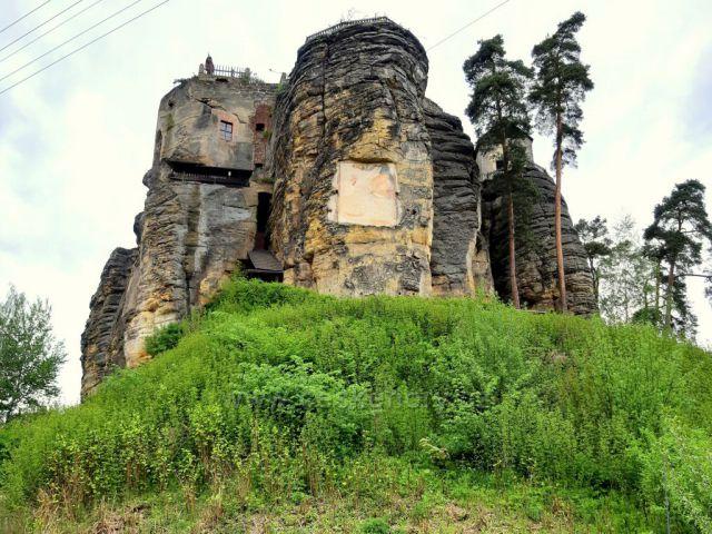Sloup, skalní hrad