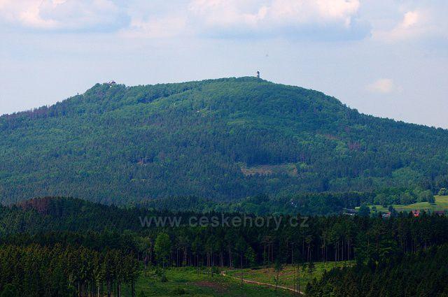 Hora Hvozd z Popovy skály.