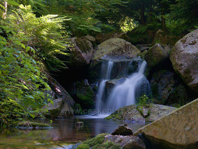 Malý vodopád na Fojtce. Foceno 19.6.2021.