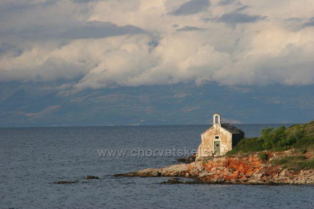 Sveti Nikola - ostrov Hvar